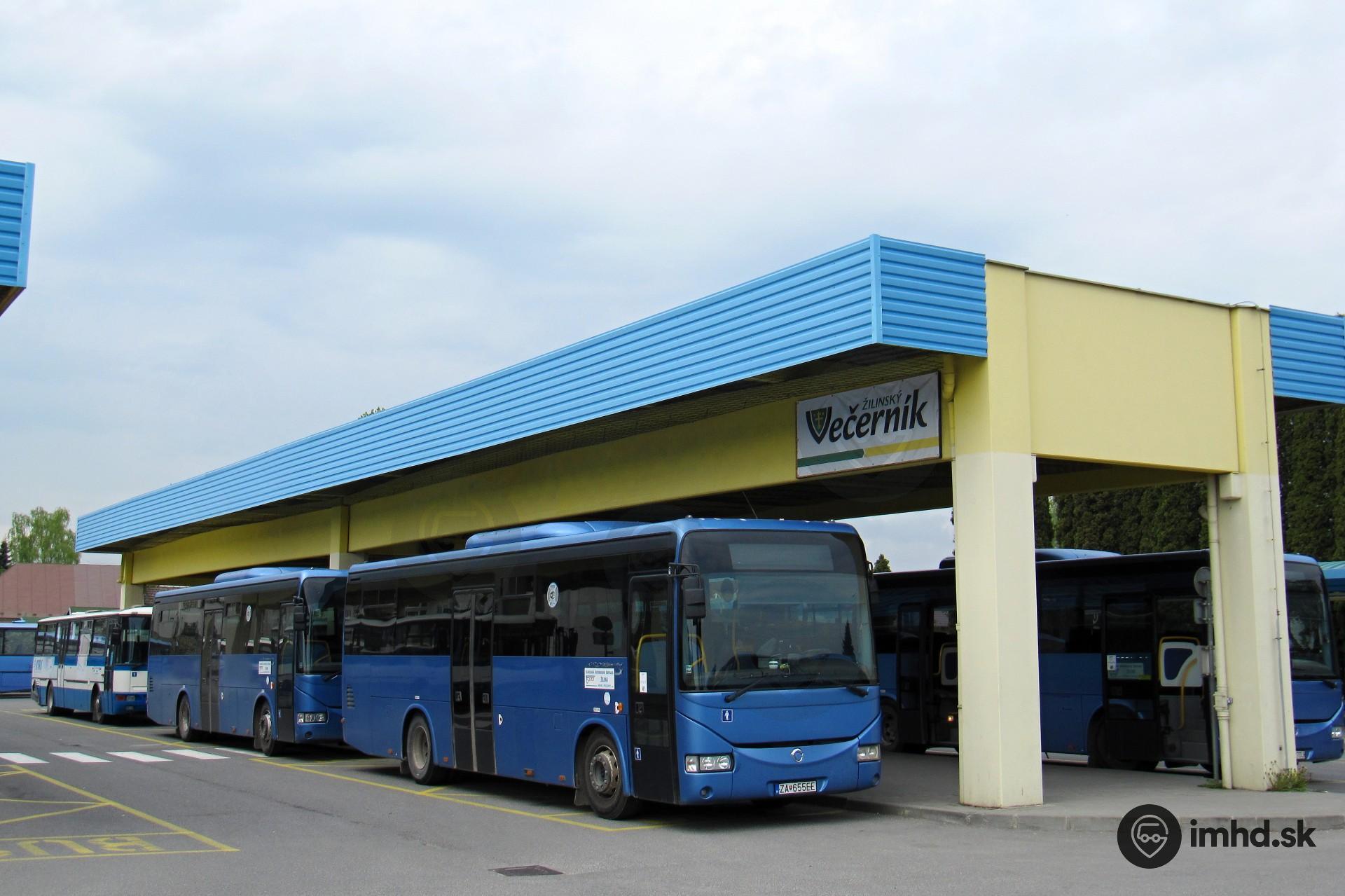 d933aa390 Autobusy SAD Žilina na autobusovej stanici v Bytči • imhd.sk Banská ...