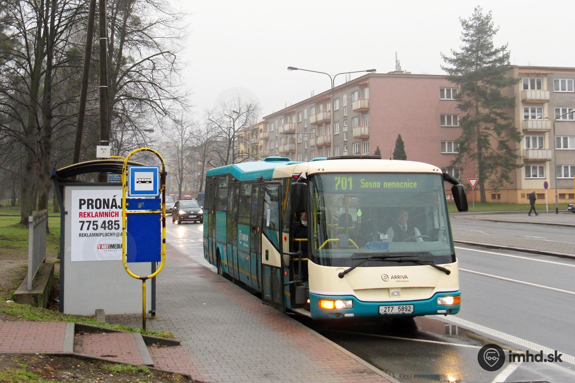 2T7 5892, route 701, Jablunkovská ul , zastávka Lyžbice, Nám
